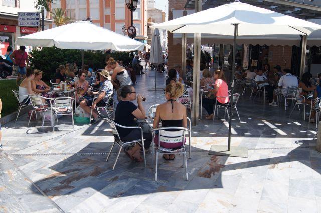 La concejalía de Licencias de Actividad tramita un total de 30 expedientes de solicitudes de ocupación de terrazas en la vía pública, Foto 1