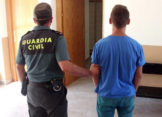 La Guardia Civil esclarece más de medio centenar de robos en viviendas en la Región desde el principio de verano, Foto 1