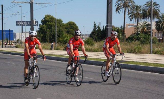 Tres ciclistas del CC Santa Eulalia Security-Bike Planet disputarán los Campeonatos de España de Ciclismo en Ruta, Foto 1