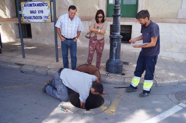 El Servicio Municipal de Aguas lleva a cabo una campaña de búsqueda de fugas y mejora de la eficiencia de las redes públicas de agua potable en el casco urbano, Foto 3
