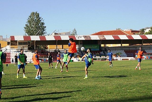 """El Real Murcia CF celebra su primer entrenamiento de la semana en el estadio municipal """"Juan Cayuela"""", cedido por la Concejalía de Deportes, Foto 1"""