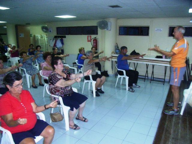 La Concejalía de Deportes pone en marcha el programa de gimnasia para mayores, Foto 4