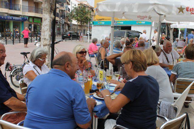 La Asociación Ecuménica de Camposol realiza su particular oktober fest en Puerto de Mazarrón, Foto 3