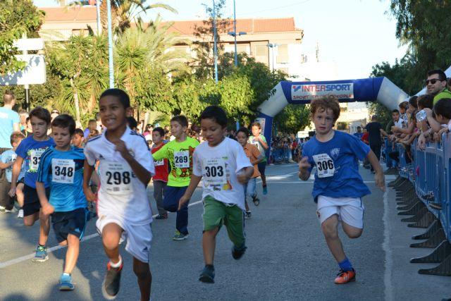 Más de mil corredores participan en la