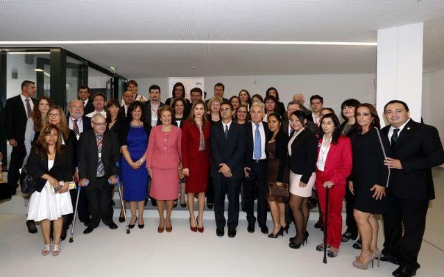 La Reina Doña Letizia clausura el II Encuentro Iberoamericano de Enfermedades Raras celebrado en Portugal, Foto 1