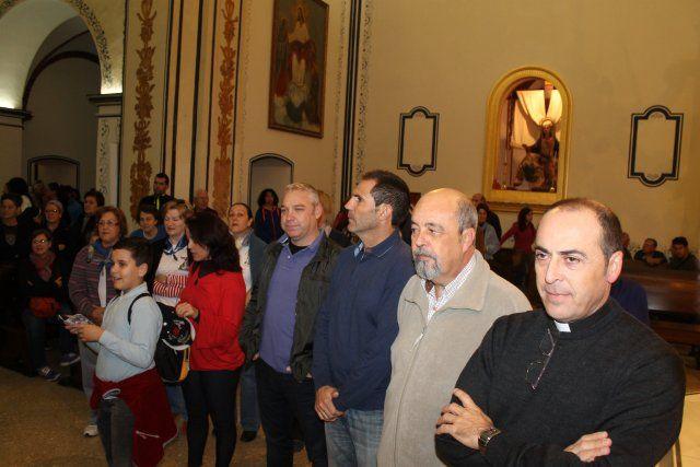 Miles de personas acompañan a la Virgen del Milagro hasta su santuario en Bolnuevo, Foto 1