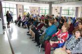 Medio centenar de personas acudieron a la primera charla del D�a del Voluntariado
