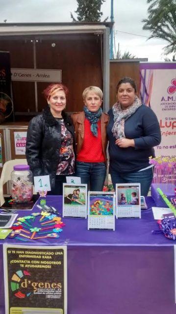 D´Genes, presente en la Feria del Voluntariado celebrada en Alhama de Murcia, Foto 2