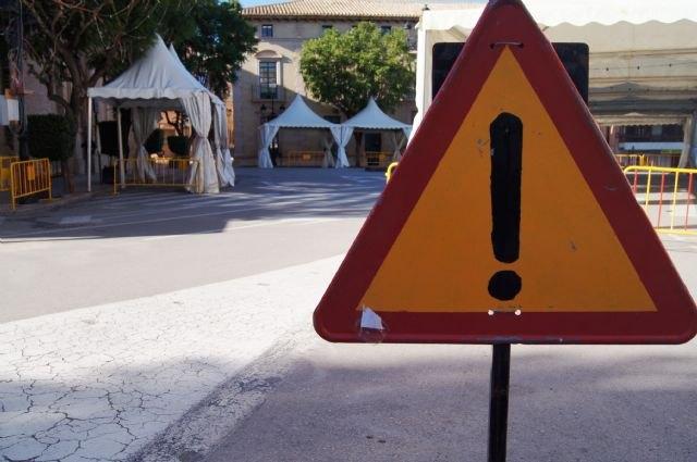 La Policía Local recomienda utilizar las vías alternativas dispuestas en el casco urbano con motivo de las fiestas patronales de Santa Eulalia, Foto 1