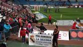 Más de 50 aficionados madridistas se desplazaron a Almería para presenciar el encuentro entre el Almería CF y el Real Madrid - 3