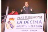 Más de 50 aficionados madridistas se desplazaron a Almería para presenciar el encuentro entre el Almería CF y el Real Madrid - 9