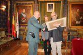 El ayuntamiento reconoce los méritos del Guardia Civil Carlos Valero