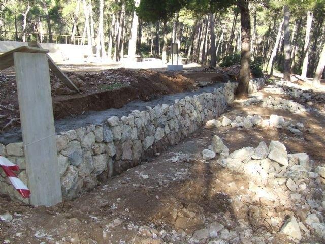 Medio Ambiente realiza mejoras en áreas recreativas del Parque Regional de Sierra Espuña