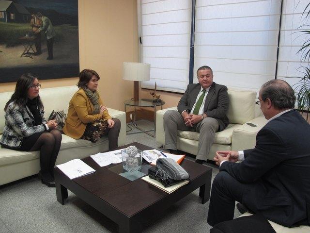La Consejería de Fomento se compromete a impulsar la aprobación definitiva del PGOU de Totana, Foto 1