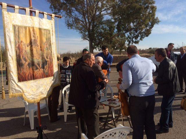 Autoridades municipales asistieron al tradicional Canto de Ánimas del Día de Reyes en la pedanía de El Raiguero Alto, Foto 3