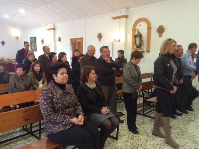 Autoridades municipales asistieron al tradicional Canto de Ánimas del Día de Reyes en la pedanía de El Raiguero Alto, Foto 5