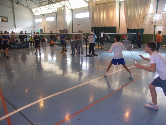 Totana hosts this Saturday, the 17th, the Southern Regional Badminton Day and Orientation Area School Sports, Foto 1