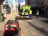 El Servicio Municipal de Aguas procede al asfaltado de obras acometidas en los últimos meses en la vía pública
