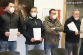 La Policía Local de Totana visita el pleno con mascarillas-mordaza - 4