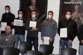 La Policía Local de Totana visita el pleno con mascarillas-mordaza - 9