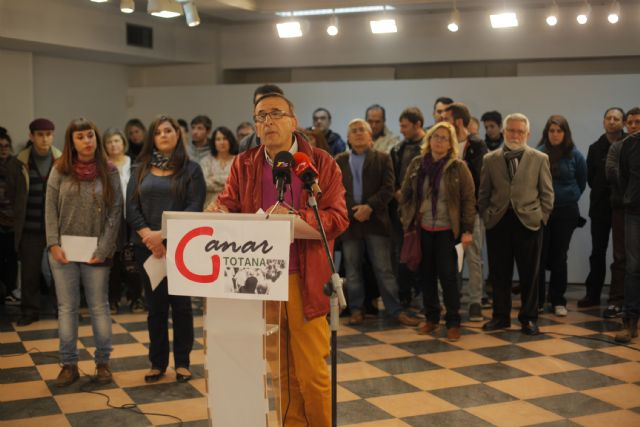 La convocatoria GANAR TOTANA, impulsada por personas, asociaciones e Izquierda Unida, arranca con un Acto Cívico realizado el pasado viernes, Foto 1