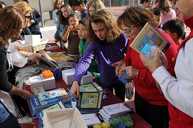 El CEIP Santa Eulalia celebra el día escolar de la no violencia y la PAZ, Foto 1