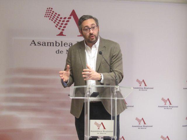 Víctor Martínez: Recorreremos la Región para conocer in situ las políticas contra el desempleo, Foto 1