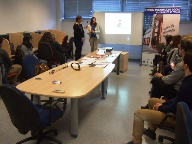 La Concejalía de Fomento del Empleo y la OMEP organizan un taller formativo de Social Media Avanzada para Pymes, Foto 1