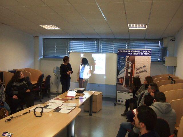 La Concejalía de Fomento del Empleo y la OMEP organizan un taller formativo de Social Media Avanzada para Pymes, Foto 4