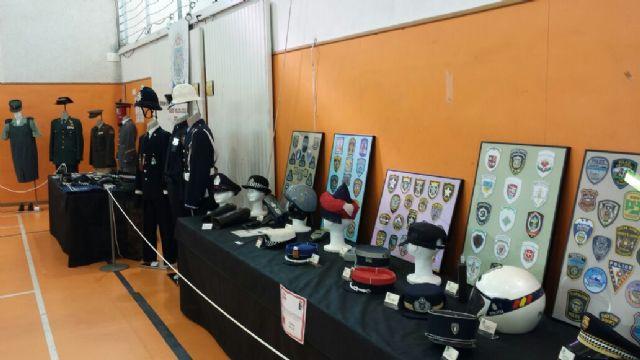 El Museo de la Policía Local de Totana participó este pasado fin de semana en la I Feria de Coleccionismo de la Región de Murcia, Foto 3