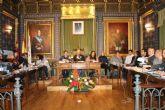 El pleno aprueba una moci�n conjunta en defensa de la igualdad de oportunidades entre hombres y mujeres