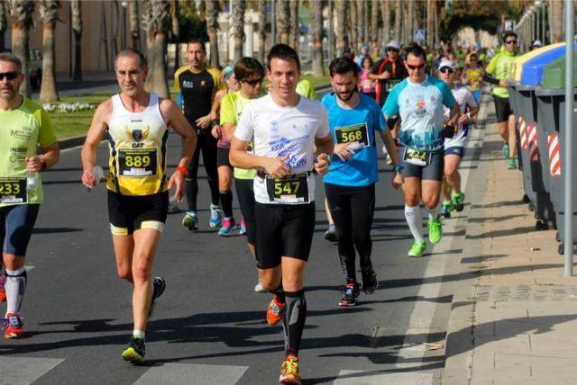 Gran actuación de los atletas del Club Atletismo Totana en la XXII Media Maratón de Cartagena, Foto 2