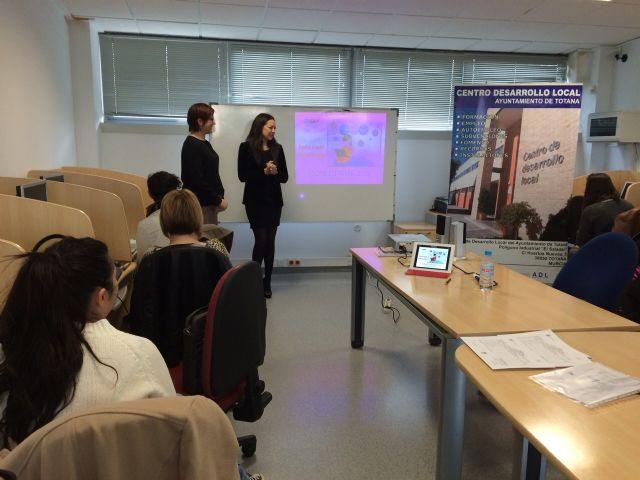La Concejalía de Fomento y Empleo y la OMEP organiza un taller formativo sobre Uso Avanzado de Internet, Foto 2
