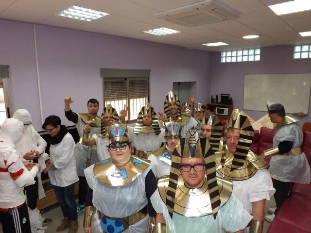 Los usuarios del Centro Ocupacional recrean el Antiguo Egipto en Carnaval, Foto 4