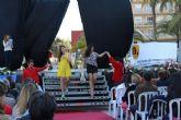 Un pasacalles huertano y un desfile de modelos animan las fiestas de San José