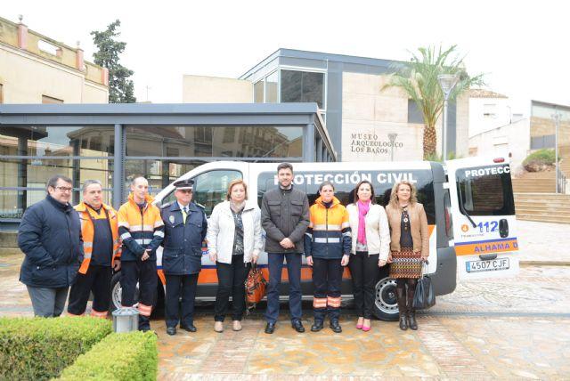 El Ayuntamiento dota con una nueva furgoneta a Protección Civil, Foto 1