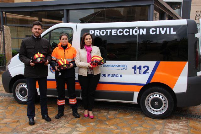 El Ayuntamiento dota con una nueva furgoneta a Protección Civil, Foto 3
