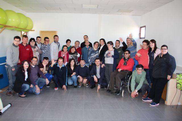 El Centro de Día las Salinas cuenta con un nuevo espacio donde se incluye sala de fisioterapia, gimnasio y sala de informática, Foto 3