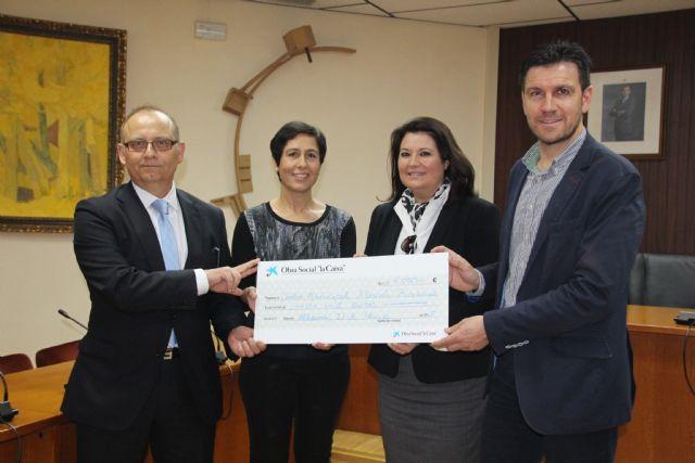 La Caixa colabora con la Concejalía de Bienestar Social del Ayuntamiento de Alhama de Murcia, Foto 1