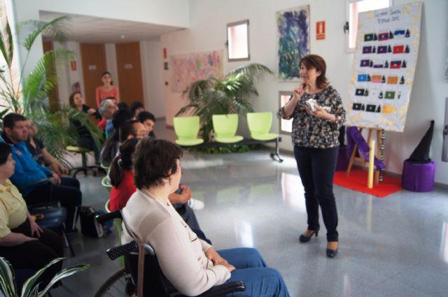 La Orquesta de La Dolorosa ofrece un mini-concierto a los usuarios del Centro de Día de Personas con Enfermedad Mental y Centro Ocupacional José Moyá Trilla, Foto 2