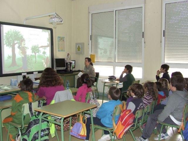 Organizan la primera convocatoria del concurso ´Un cuento para Sierra Espuña´, Foto 1