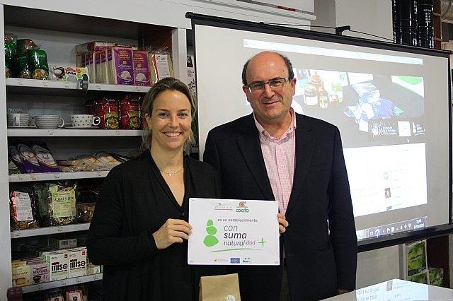 La tienda Bioshop de COATO recibe la autorizacion para el uso de la marca Consuma Naturalidad + de la Fundacion Felix Rodriguez de la Fuente, Foto 1