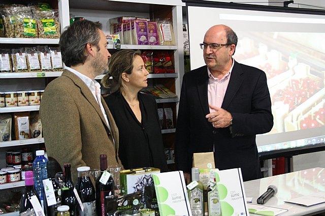 La tienda Bioshop de COATO recibe la autorizacion para el uso de la marca Consuma Naturalidad + de la Fundacion Felix Rodriguez de la Fuente, Foto 2