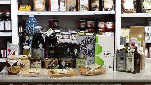 La tienda Bioshop de COATO recibe la autorizacion para el uso de la marca Consuma Naturalidad + de la Fundacion Felix Rodriguez de la Fuente, Foto 4