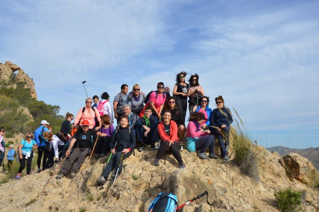 More than 40 walkers enjoy Hiking path that took place between Ricote and Ojós - 1