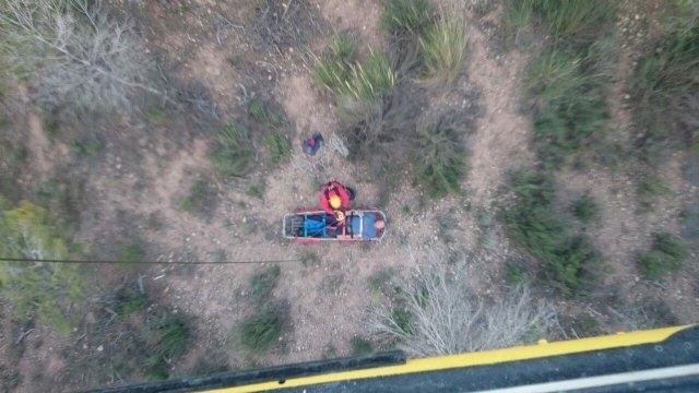 Rescatan a un senderista herido en Sierra del Cabezo Gordo, en Totana, Foto 1