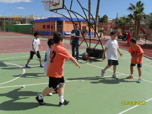 El equipo de Multideporte Benjamín del Colegio Santa Eulalia se clasifica para los cuartos de final de la fase regional de Deporte Escolar, Foto 3