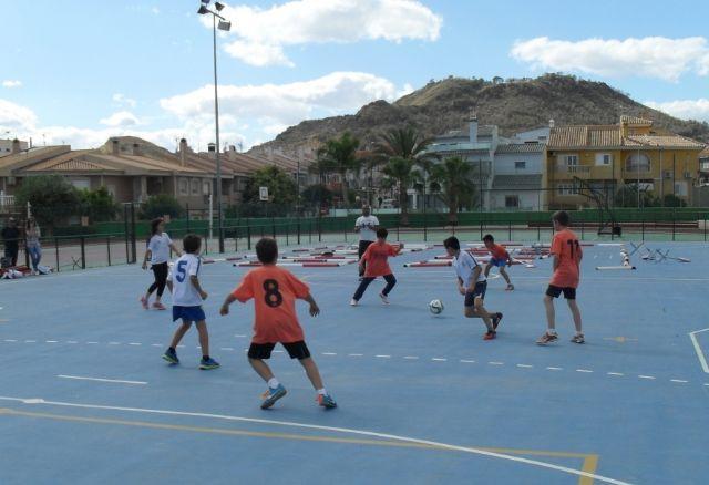 El equipo de Multideporte Benjamín del Colegio Santa Eulalia se clasifica para los cuartos de final de la fase regional de Deporte Escolar, Foto 5