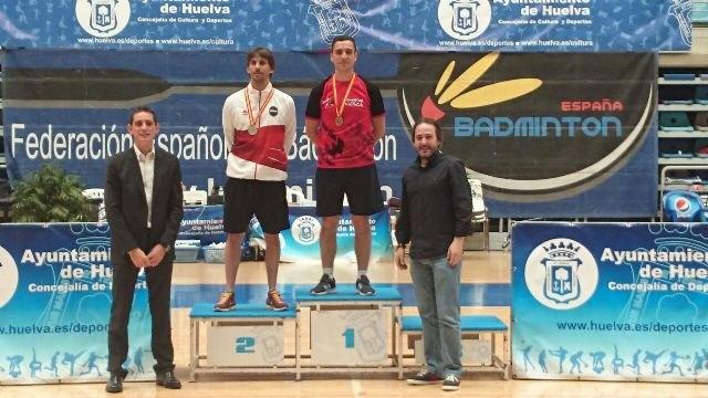 Dos campeonatos de España y dos subcampeonatos para los clubes de la Región en los Campeonatos España Veteranos 2015 de Bádminton, Foto 2