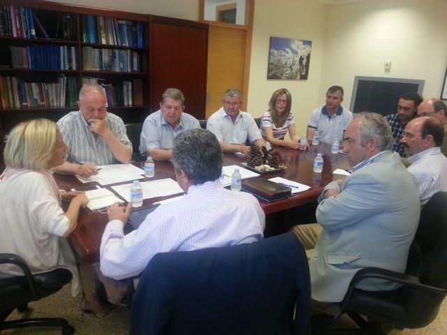 Martínez-Cachá apoya la labor de divulgación de los Consejos de las D.O. de la Región, Foto 1